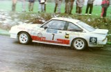 13. Wiesław Stec i Artur Skorupa - Opel Manta GTE.
