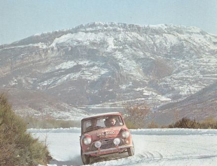 Timo Makinen i Paul Easter – BMC Mini Cooper S.