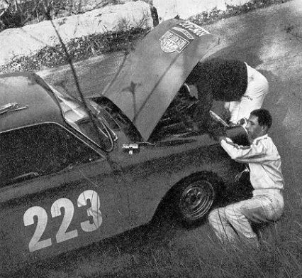 Vic Elford i John Davenport – Ford Cortina Lotus.
