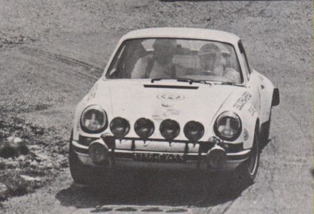 Eladio Doncel i Antonio Mantecon – Porsche 911S.