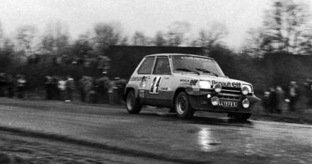 Guy Frequelin i Jacques Delaval – Renault 5 Alpine.